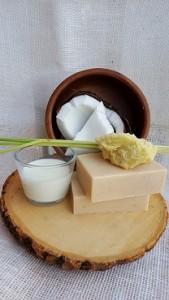 Coconut Oil & Lemongrass Essential Oils