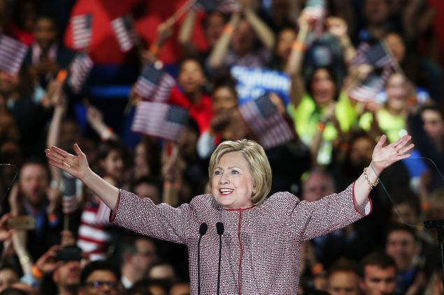 Who's Helping Hillary Clinton To Win The Elections?